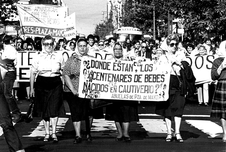 Dictadura militar en Argentina — Shorthand Social