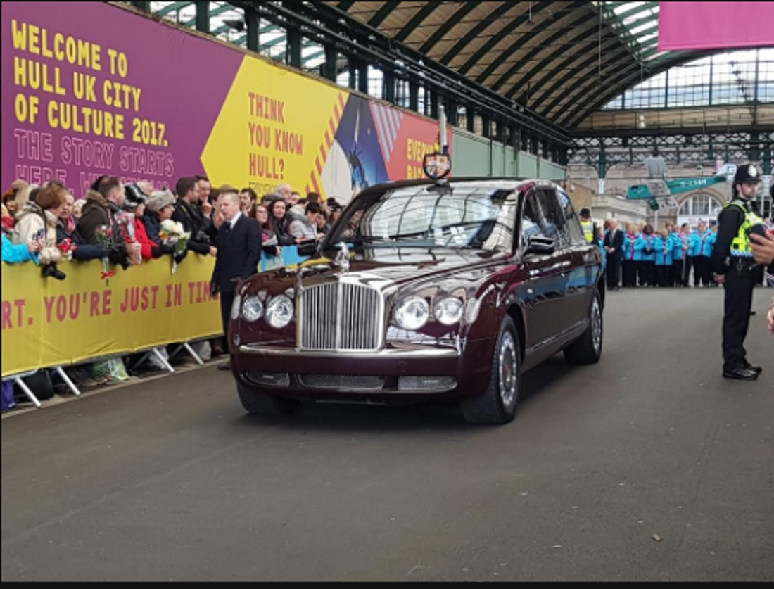 Queen Elizabeth Ii Visits Hull During City Of Culture